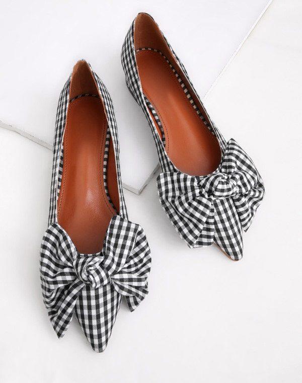 Low Heel Shoes
